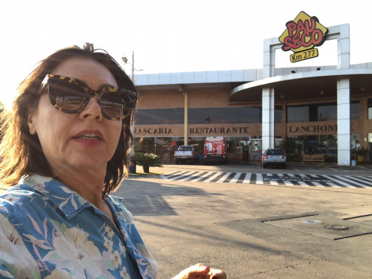 Parada no Restaurante Pau Seco em Araraquara